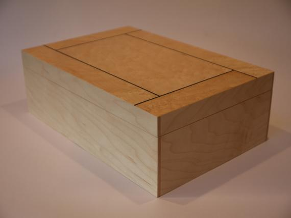 Maple Jewellery Box with Veneered Lid