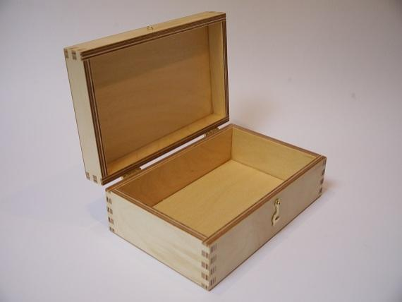 Picture of Fingerjointed Presentation Box